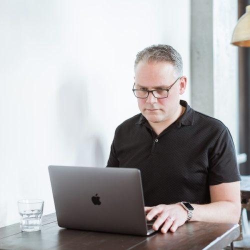 Digital Marketing Consultant Rob Watson
